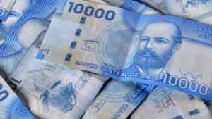 Diputados aprueban proyecto para prohibir informar deudas en DICOM durante pandemia