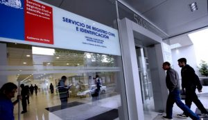 Corte Suprema ordena al Registro Civil entregar cédula de identidad a extranjero que reside hace más de 20 años en Chile