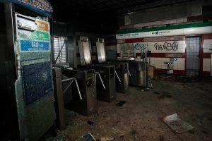Condenan a uno de los dos imputados por incendio en estación de Metro tras estallido social